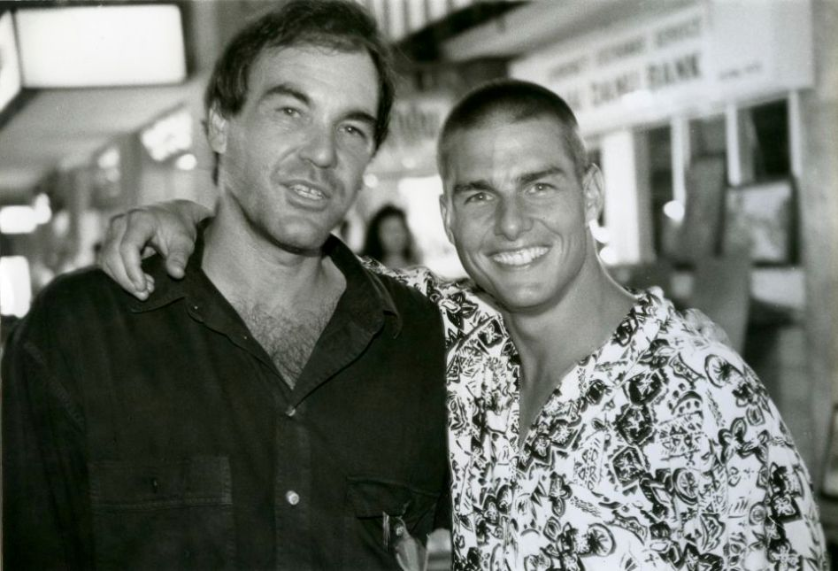 Oliver Stone and Tom Cruise after the shooting of the movie Born on the Fourth of July.