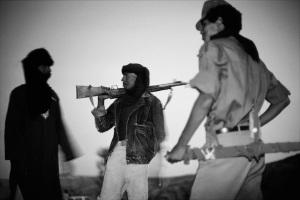 Touareg guerrilla in Northern Mali desert (1989)