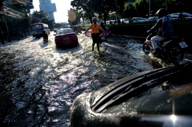 Bangkok, within the city , the water is creeping closer to heart of town.